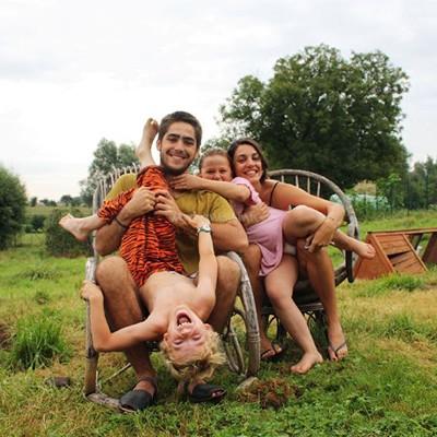 Travel family volunteer