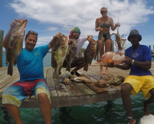 bahamas-sailing-crew-on-board-trip