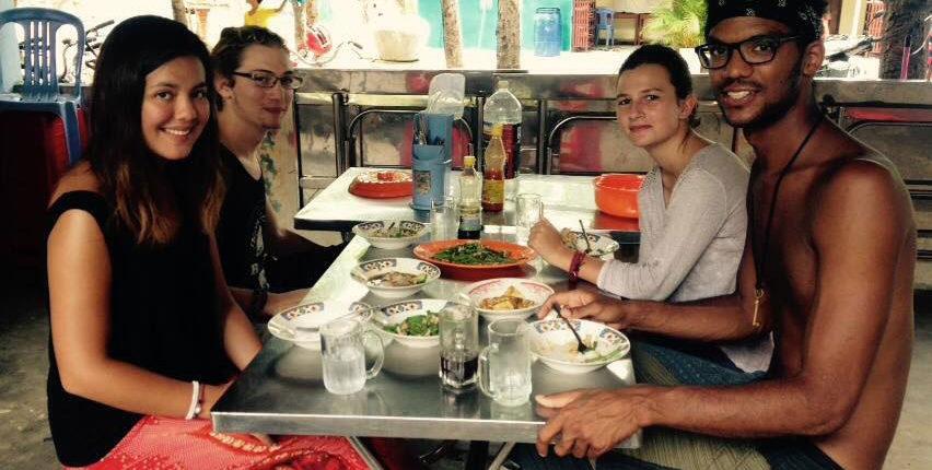 dietary-abroad-foodie-travel-tips-eat-workaway